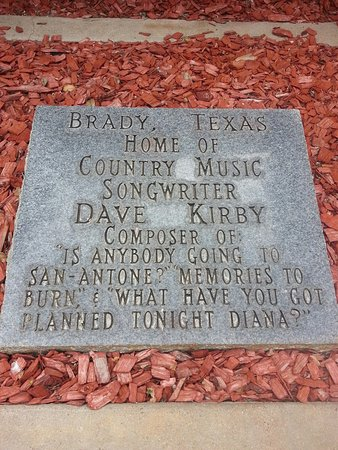 Brady, TX: Great museum for those who love traditional country music.