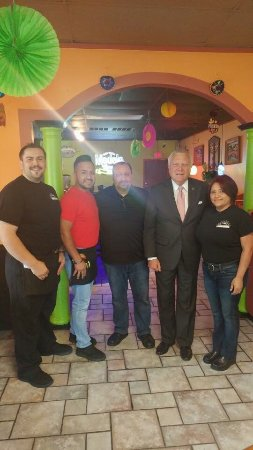 """Canton, Gürcistan: When the governor shouts, he knows good food,,, came to """"Tapatios """""""