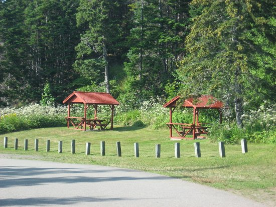 St. Peter's, Canada: Picnic area at St. Peters Canal Historic Site