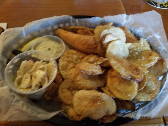 20170810 184831 picture of yardarm bar grill for Fish fry racine wi