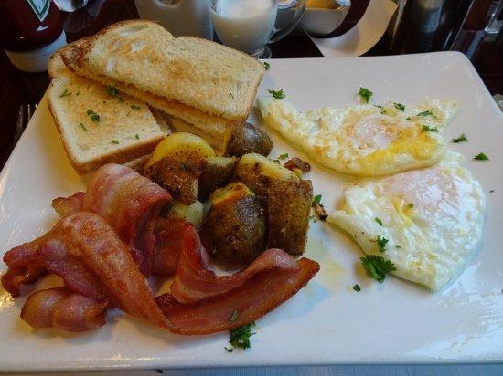 Best Northern Motel and Restaurant: Breakfast