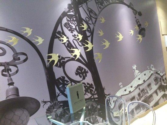Eric Vokel Sagrada Familia Suites: photo1.jpg