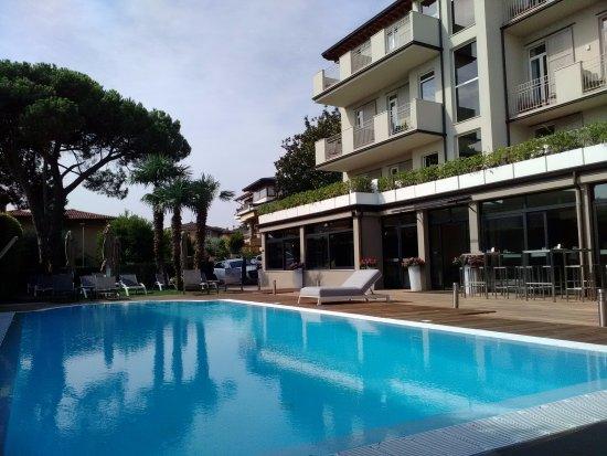 Vista Hotel Dalla Piscina Foto Di Hotel Palazzo Del