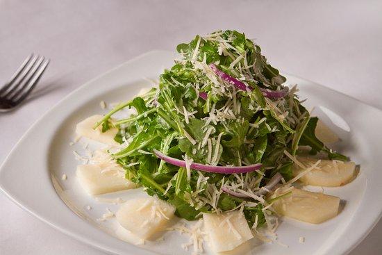 Jackson Heights, Nowy Jork: Baby Arugula & Pear Salad