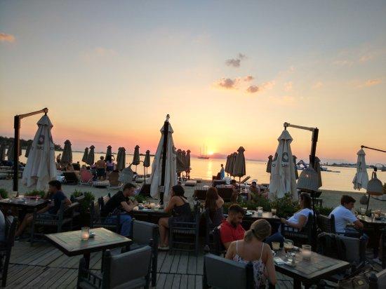 Глифада, Греция: Balux Cafe