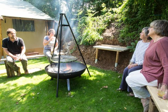 Trengilly Wartha Country Inn Private fire pit BBQ Tree top tents & Private fire pit BBQ Tree top tents - Picture of Trengilly Wartha ...