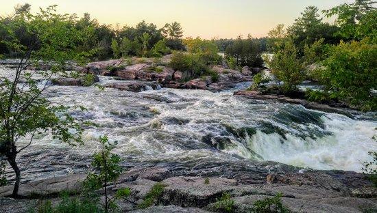 Burleigh Falls, Kanada: IMG_20170813_2009504_large.jpg