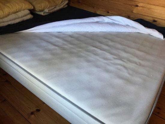 Rönne, Dänemark: box-spring with no mattress