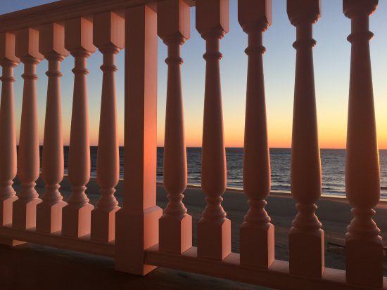 Boardwalk Plaza Hotel: Balcony sunrise