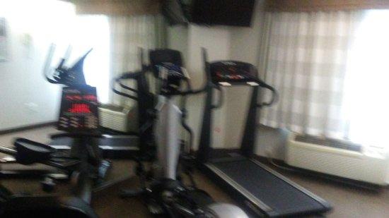 Woodbridge, VA: fitness room