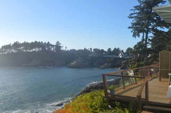 Depoe Bay, Oregón: View from the private patio attached to our room.