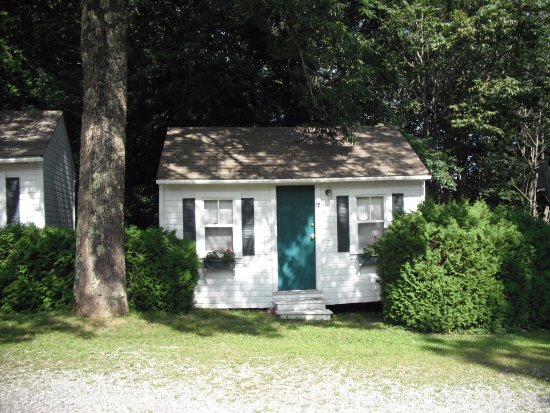 Lincolnville, ME: Our cottage at Addington's in 2011