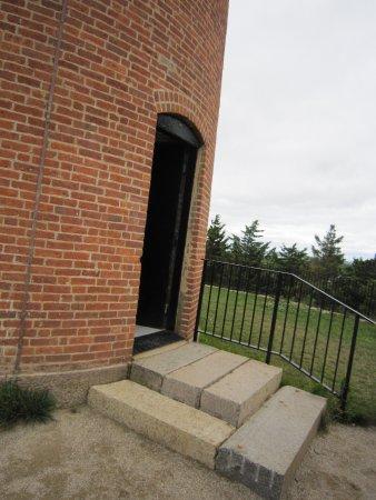 Aquinnah Lighthouse: Entrance