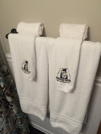 Montgomery Center, VT: Phineas Swann towels