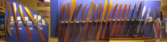 Une extraordinaire collection d'hélices en bois