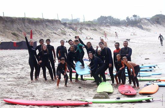Εσποσέντε, Πορτογαλία: Momento de descontração após mais uma fantástica aula de surf!