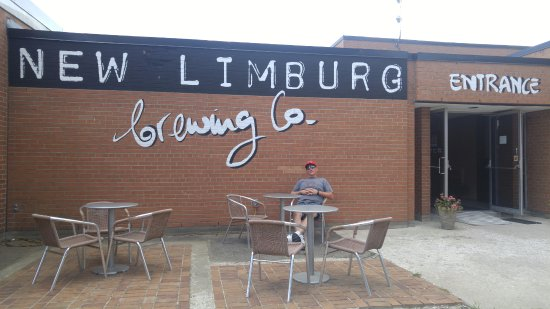 Simcoe, Canada: Randy outside of the New Limburg Brewing Co.
