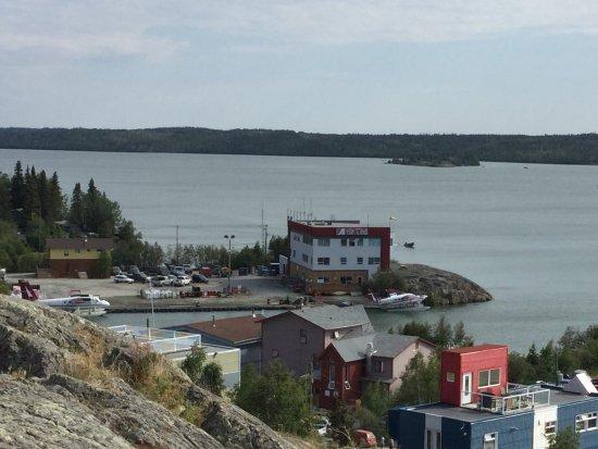 Old Town: Vue du haut monument des pilotes ( Lac des esclaves)