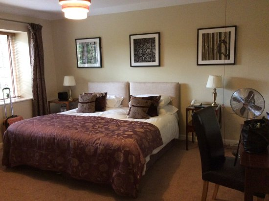 Leeds Castle Stable Courtyard Bed & Breakfast Picture