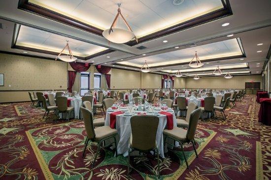 Wauwatosa, WI: Ballroom- Crowne Plaza Milwaukee West