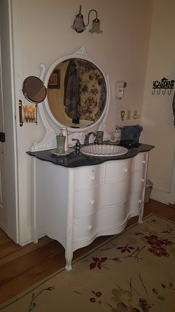 Terre Hill, PA: The vanity is beautiful.