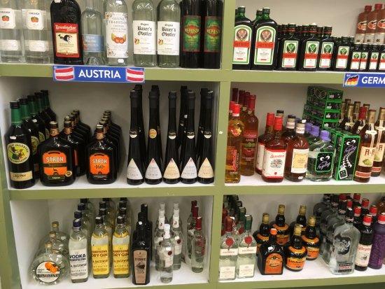 Torrance, Kalifornia: Austrian-Germain-Spirits