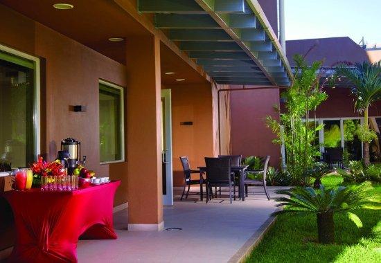 Courtyard San Jose Airport Alajuela: Outdoor Terrace