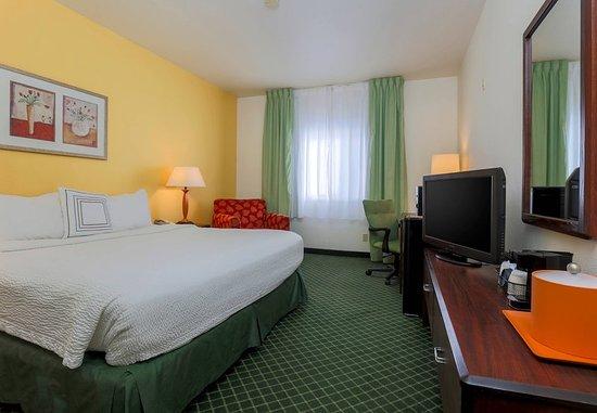 Tracy, كاليفورنيا: Queen Guest Room