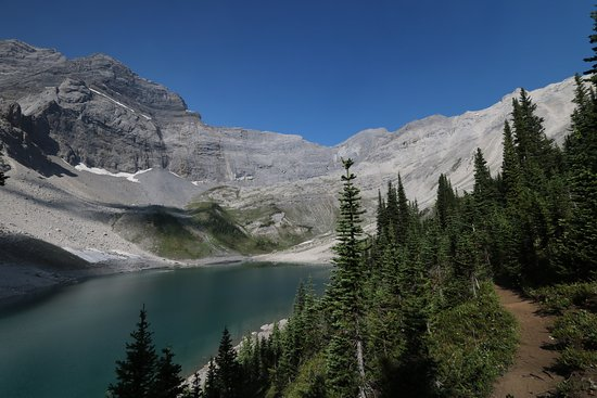 Kananaskis Country, Kanada: The upper Galatea lake is well worth the extra time and effort to get there on a well marked tra