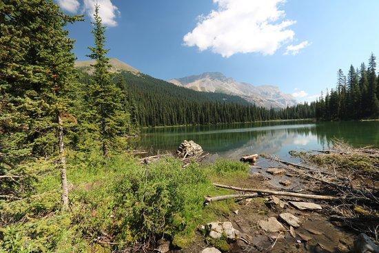 Kananaskis Country, Kanada: back at Lillian lake after a great day in the mountains.