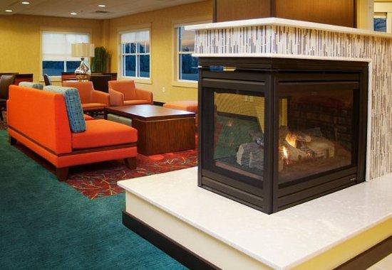 Largo, MD: Hotel Lobby