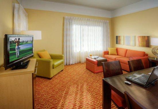 Lewisville, TX: Suite Living Area