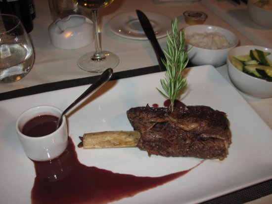La Table d'Antoine : Beef Ribs