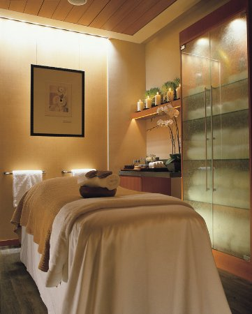 East Palo Alto, Kalifornien: The Spa