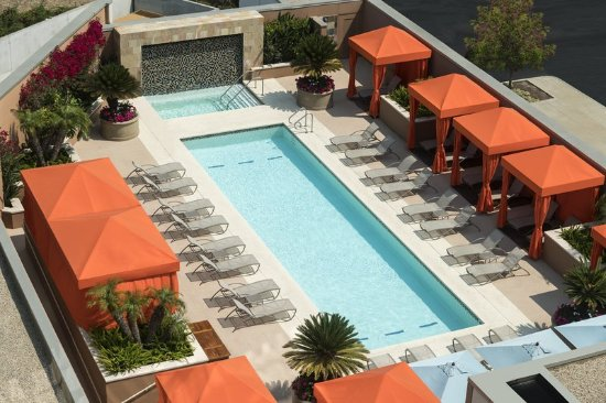 East Palo Alto, Kalifornien: Rooftop Pool