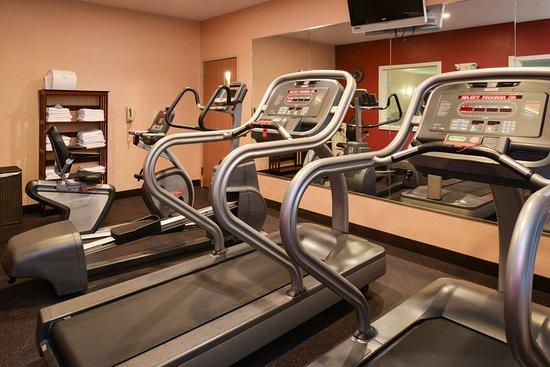 Lititz, Pensilvania: Treadmill, elliptical, and stationary bike.