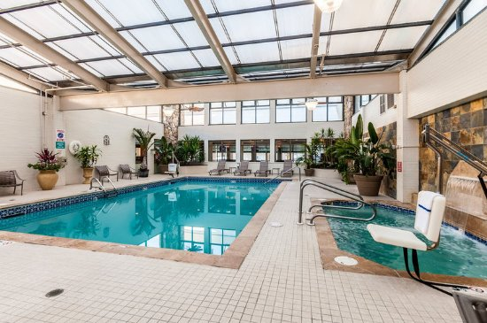 Indoor Pool Picture Of Quality Inn Boardwalk Ocean City Tripadvisor