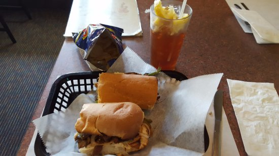 Pizza Parlor Restaurant: Philly Cheese Steak