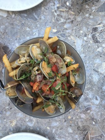 El Dorado Hills, CA: Delicious clams