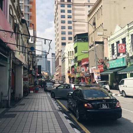 how to get to chinatown kuala lumpur