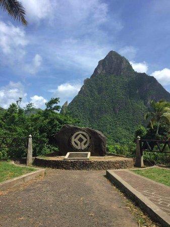 เวอซ์ฟอต์, เซนต์ลูเซีย: Pitons : Soufriere St Lucia