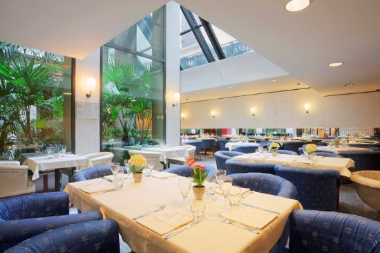 Holiday Inn Turin City Center: Breakfast Area