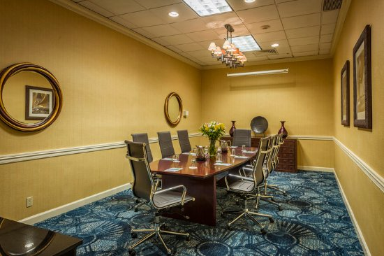 Strongsville, OH: Boardroom