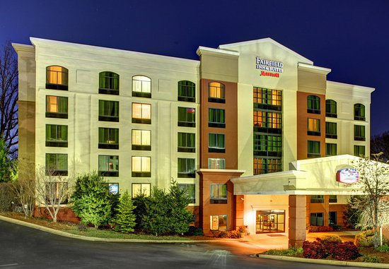 Fairfield Inn & Suites Asheville South/Biltmore Square: Exterior