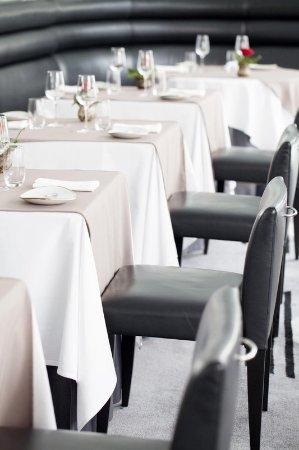 Hilton Dubai Creek: Table 9 - Meetings
