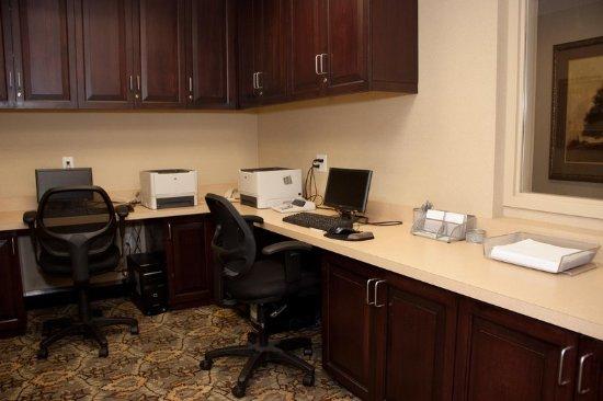 Schertz, TX: Business Center