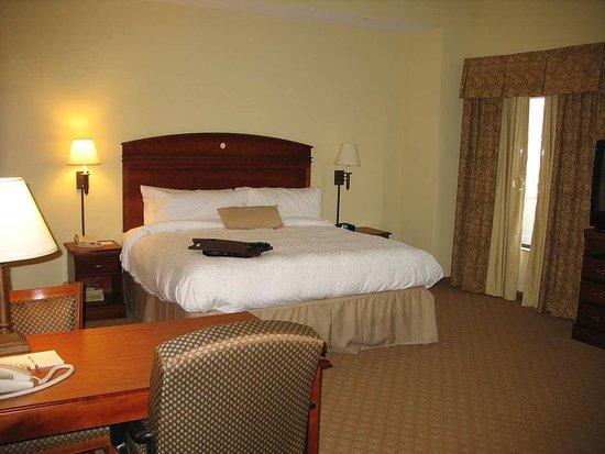 Schertz, TX: King Suite