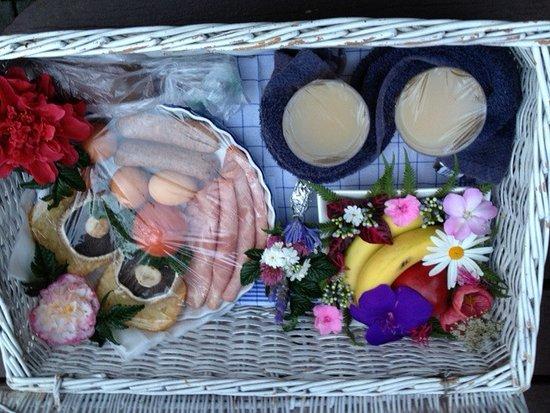 Katikati, Nya Zeeland: Breakfast hamper