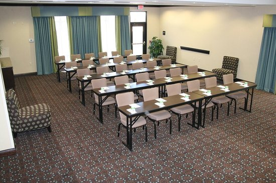Farmington, MO: Meeting Room