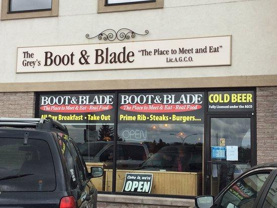 Owen Sound, Canadá: Grey's Boot & Blade.